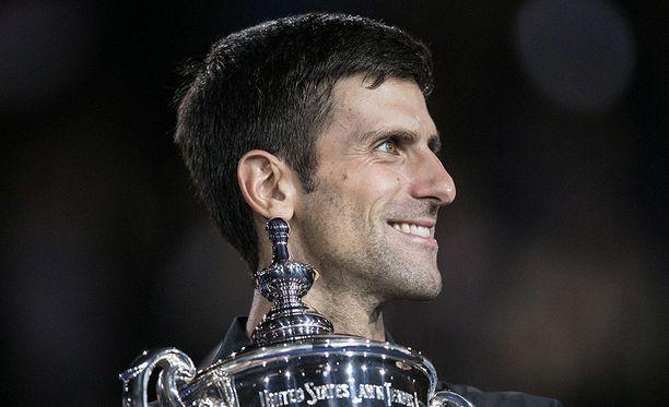 Novak Djokovic otti voiton Yhdysvaltain avoimen tennisturnauksen miesten kaksinpelin finaalissa sunnuntaina.