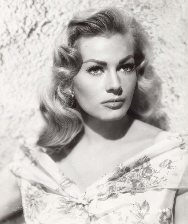 Anita Ekberg voitti Miss Ruotsi -missikilpailun vuonna 1951. Kuva vuodelta 1955.