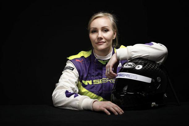 Emma Kimiläinen taistelee tänä viikonloppuna W Seriesin avauspisteistä Hockenheimissa.