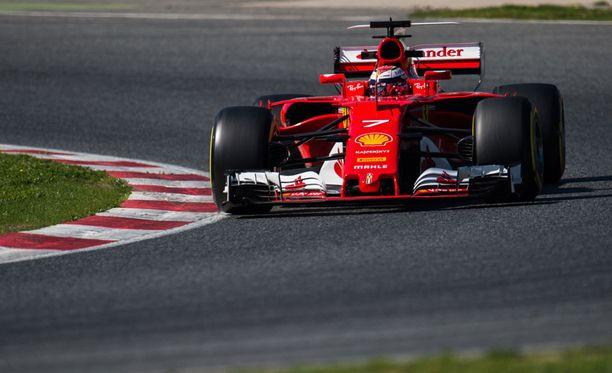 Kimi Räikkönen kellotti talvitestien nopeimman kierrosajan.