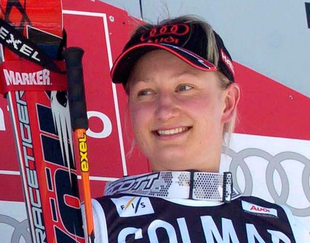 Tanja Poutiainen sijoittui tällä kaudella ensimmäisen kerran pujottelucupissa kolmen parhaan joukkoon.