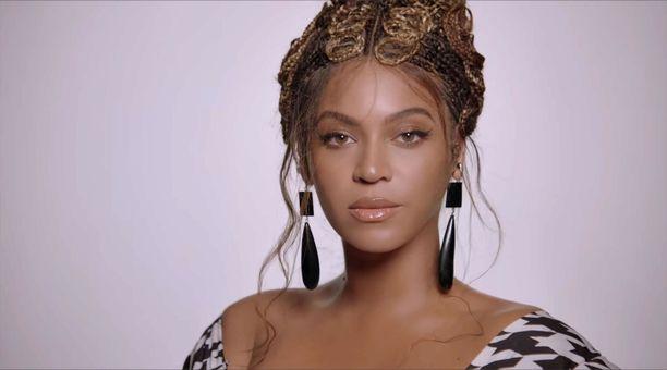 Tältä Beyoncé näyttää uudella Brown Skin Girl -musiikkivideollaan.