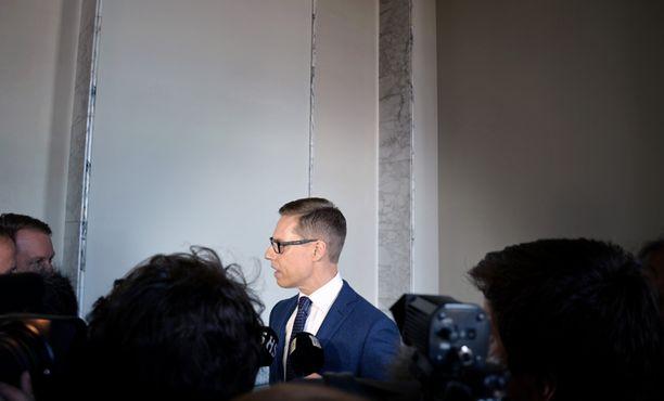 Pääministeri Alexander Stubb sai selitellä lauantaina eduskunnassa hallituksena viime aikojen tekemisiä.