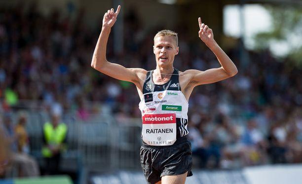 Topi Raitanen lunasti paikan EM-loppukilpailussa 3000 metrin esteillä.