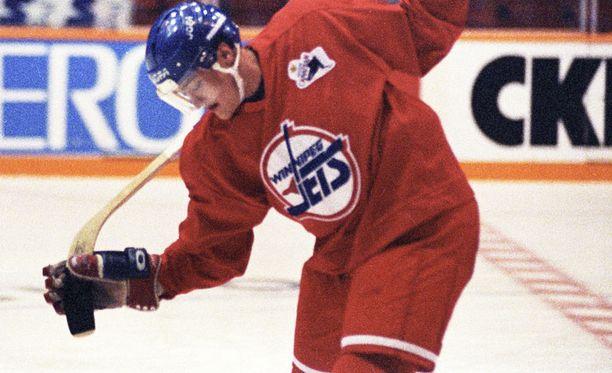 Teemu Selänne Winnipeg Jetsin harjoituspaidassa.