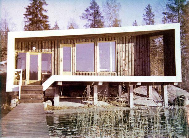 Kai Poutasen isovanhemmat rakennuttivat loma-asunnon vuonna 1965.