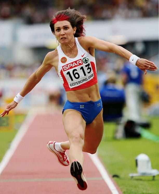 Tatjana Lebedeva iski viimeisellään kiinni kultakantaan.