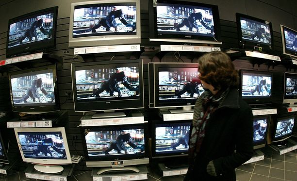 Ensimmäiset kolmiulotteiset televisiot ovat tulleet myyntiin.