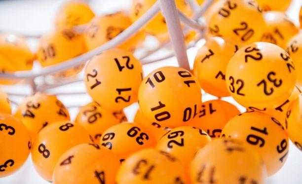 Ensi viikolla Lotossa voi voittaa täysosumalla 2,7 miljoonaa euroa.