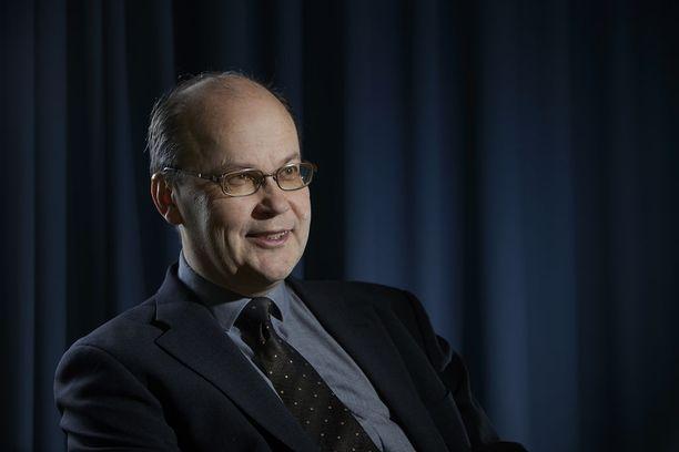 """- Ainakaan euroaikana markkinoiden """"ennustukset"""" eivät todellakaan ole osuneet kovin oikeaan, ekonomisti Roger Wessman kommentoi blogissaan."""