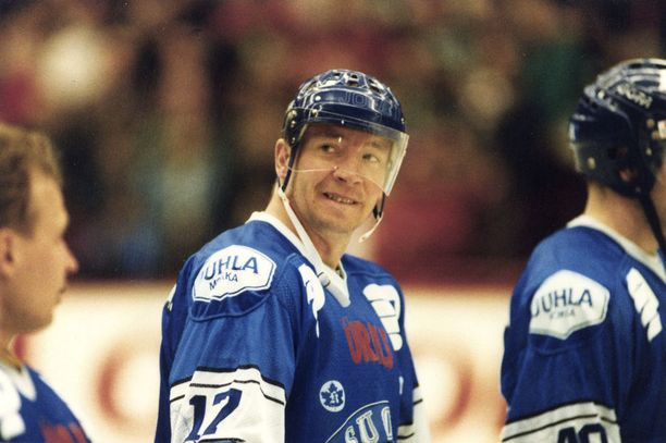 Jari Kurri pelasi Kanada-cupit laskien kymmenet arvokisat leijonapaidassa. Naganon pronssin lisäksi matkaan tarttui hopeaa, Milanosta 1994.