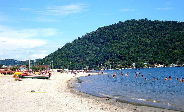 Mangaratiba sijaitsee noin sadan kilometrin päässä Rio de Janeirosta.