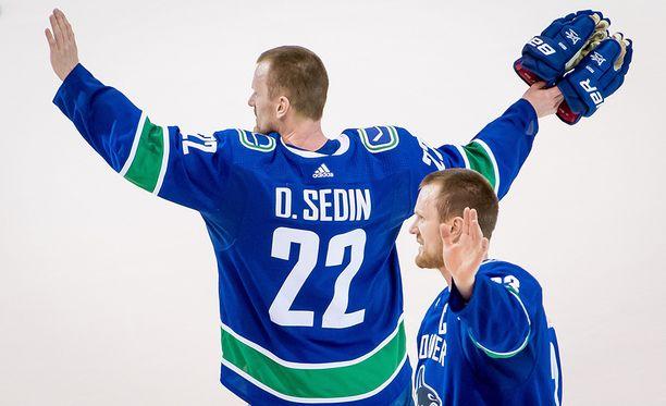 Daniel ja Henrik Sedin pelasivat 17 kautta Vancouver Canucksissa.