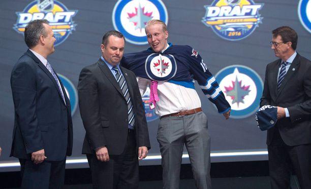 Winnipeg Jets varasi Patrik Laineen kesäkuussa NHL:n varaustilaisuuden toisena pelaajana.