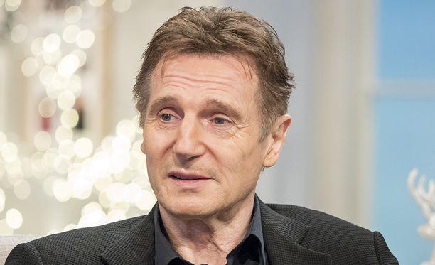 Liam Neeson kuvaa Kanadassa elokuvaa, jossa näyttelee lumiauran kuljettajaa, jonka poika murhataan.