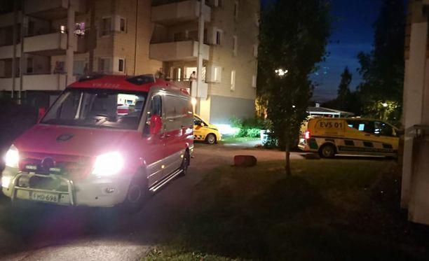 Paikalle lähetettiin useita poliisipartioita selvittämään ampumavälikohtausta Turussa.