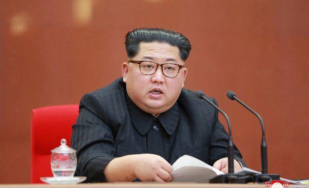 Kim Jong-un ilmoitti lauantaina keskeyttävänsä Pohjois-Korean ydinkokeet.