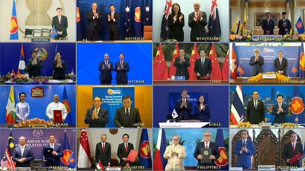 RCEP-sopimuksen allekirjoittajamaiden johtajat poseerasivat virtuaalisessa yhteiskuvassa sunnuntaina.