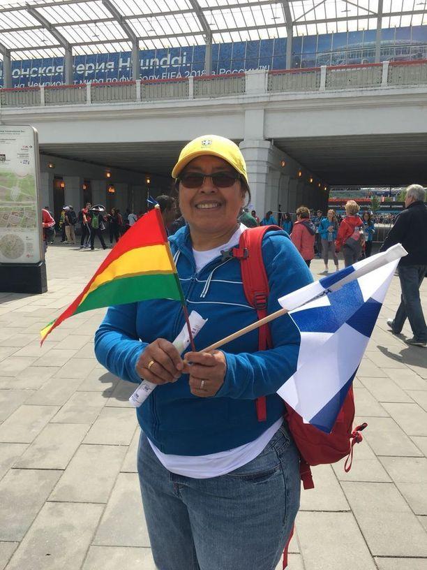 Helsinkiläinen Casilda kannattaa Boliviaa ja Suomea. Kumpikaan ei harmillisesti päässyt Venäjän kisoihin.