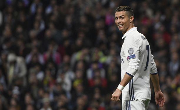 Cristiano Ronaldo valittiin maailman parhaaksi.
