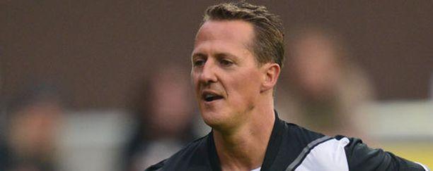 Michael Schumacher on paranemaan päin.