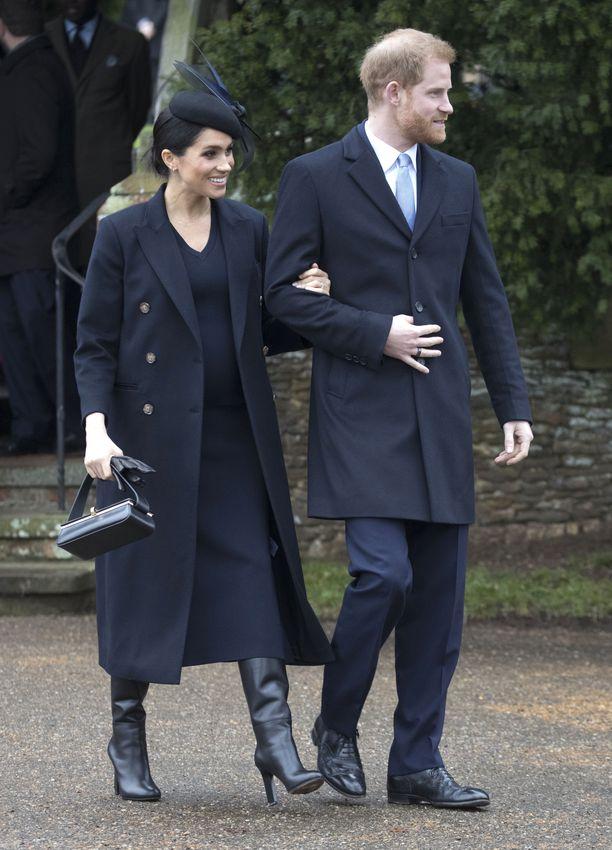 Meghan ja Harry osallistuivat joulupäivän jumalanpalvelukseen Sandringhamissa.