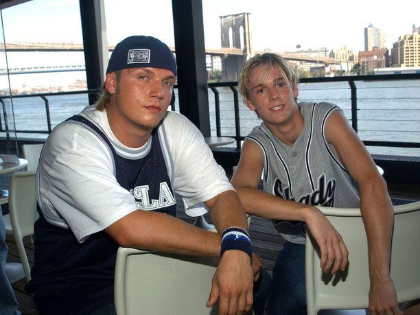 Nick ja Aaron vuonna 2003.