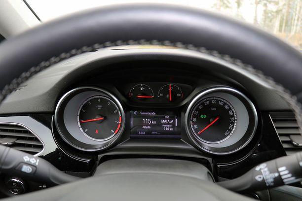 Kun kaasu loppuu, niin auto siirtyy käyttämään bensiiniä.