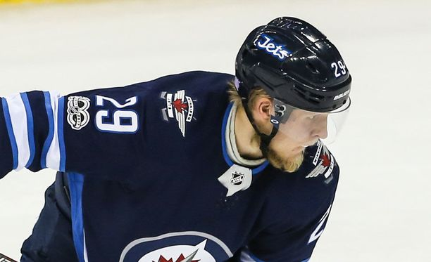 Patrik Laineen Winnipeg Jets loistaa NHL:n keulilla.