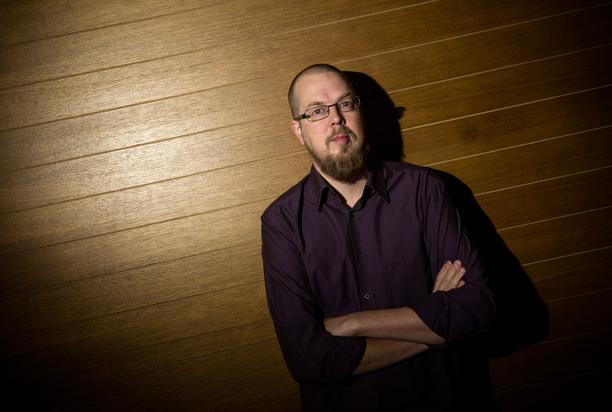 Tuomas Kyrön Mielensäpahoittaja-romaani on antanut innoituksen myös keittokirjaan.