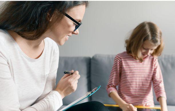 Liukuva työaika voi mahdollistaa perheasioiden hoitamisen virka-aikana.