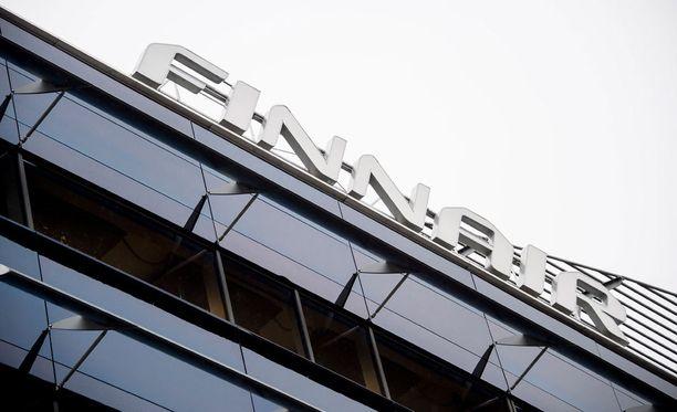 Finnairin alihankkijalla Aasiassa työskentelevän kiinalaismiehen epäillään järjestäneen ihmisiä Suomeen vuodesta 2013 alkaen.