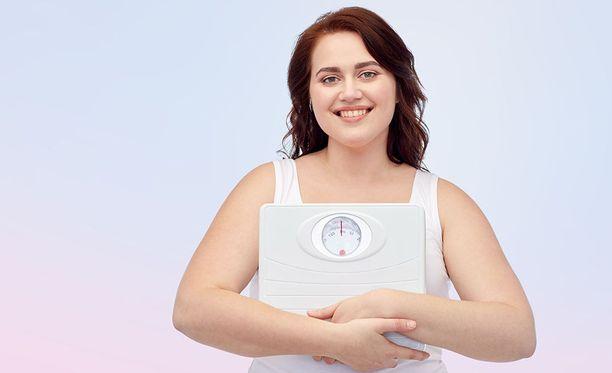 Vaaka kertoo painon, mutta se ei paljasta, kuinka paljon kehossa on lihasta ja rasvaa.