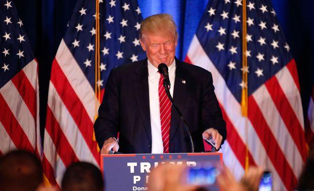 Republikaanien presidenttiehdokas Donald Trump julkaisi tiedotteen Facebookissa.