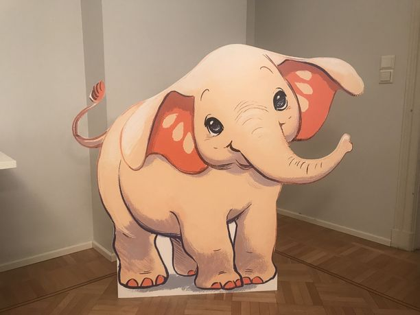 Fanni-norsu seikkailee uutuuskirjoissa, jotka auttavat vanhempia lasten tunnekasvatuksessa.