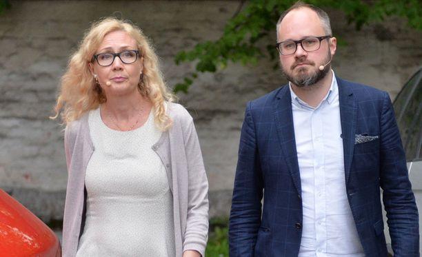 Anneli Auer ja Tuomas Enbuske Suomi-areenassa.