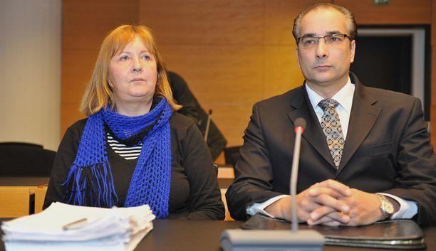 SYYLLINEN Helsinkiläinen perushoitaja todettiin jo aiemmin syylliseksi useiden potilaidensa surmiin.