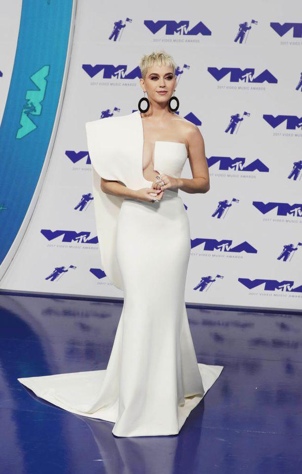 Laulaja Katy Perry joutui taistelemaan talon omistajuudesta oikeudessa.