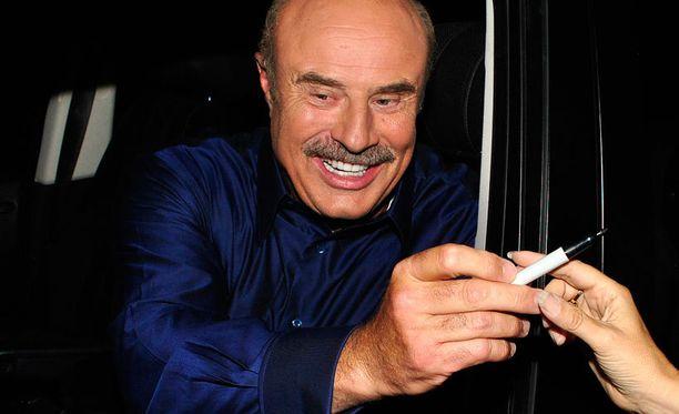 Phil McGraw, 62, on tunnettu tv-kasvo myös Suomessa.