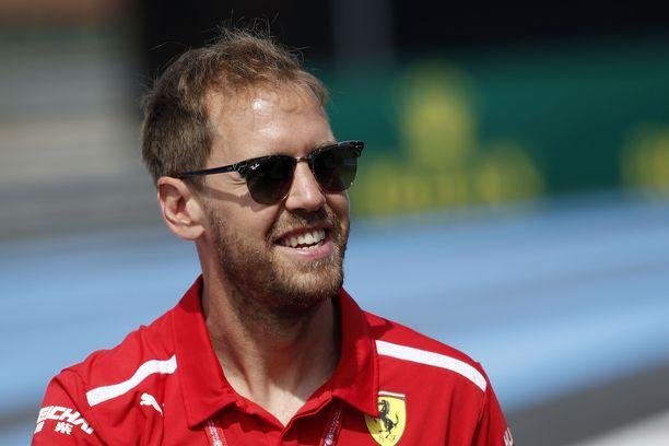 Sebastian Vettel ja Hanna Prater solmivat avioliiton.