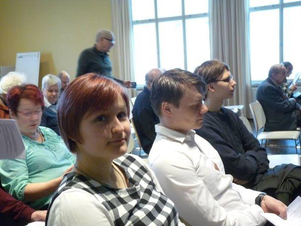Nuoremman polven perussuomalainen Elisa Hiltunen ei usko kohun vaikuttavan puolueeseensa Tampereella.