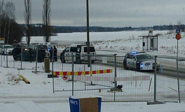 Poliisi pukkasi kaahailijan auton pysähdyksiin Nokialla maanantaina.