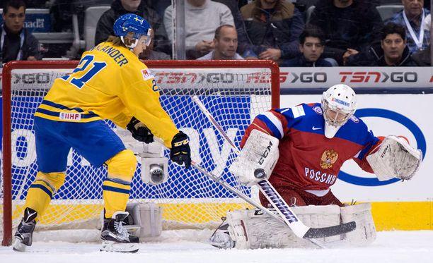 William Nylander syötti Ruotsin toisen ja kolmannen maalin.