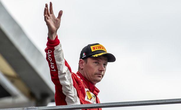Kimi Räikkösen uskotaan lähtevän Ferrarilta kauden päätteeksi.