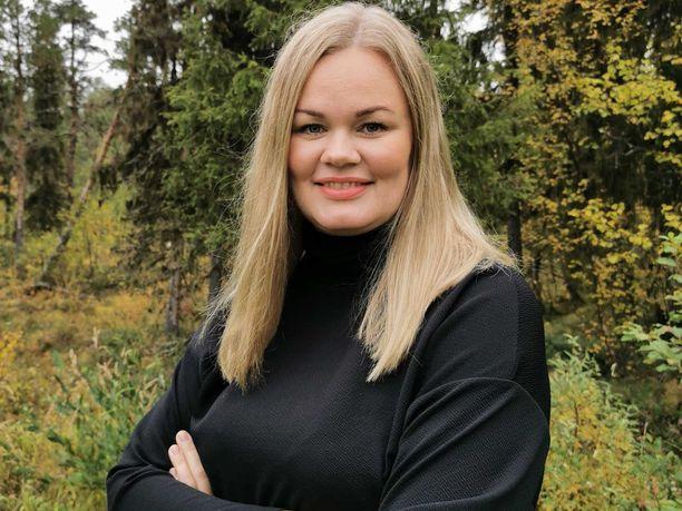 Toimitusjohtaja Niina Pietikäinen näkee Ruotsin Lapin Suomen suorana kilpailijana Lapin-matkailussa.