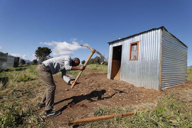 Maanviljelijöiden kohtaama väkivalta on jatkuva ja vakava ongelma Etelä-Afrikassa.