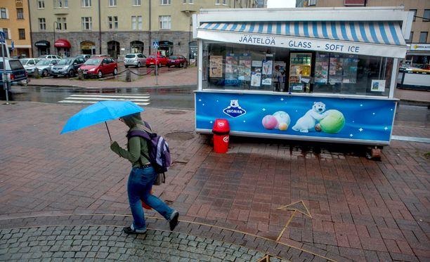 Sateenvarjoille voi olla pian käyttöä.