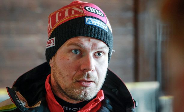 Janne Haaralalla on paljon ulkomaalaisia apulaisia.