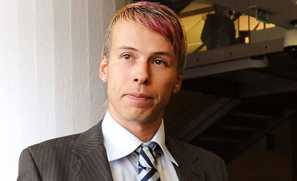 Antti Kurhinen tuohtui ohjelman tekijöille.