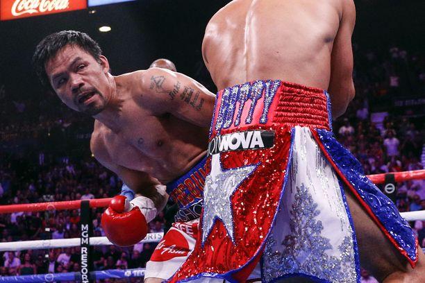 Manny Pacquiao voitti WBA-liiton mestaruuden kaksi vuotta sitten. Vyö riistettiin liian pitkän ottelutauon jälkeen.